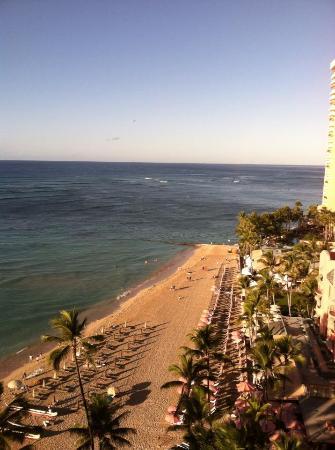 Outrigger Waikiki Beach Resort: What a view!