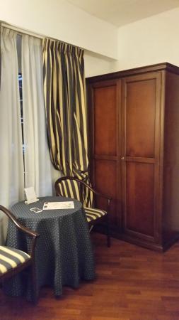 Inn Rome Rooms & Suites: angolo colazione
