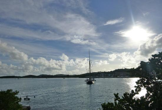 Hotel on the Cay : Sunrise over the Channel and the Schooner 'Roseway'