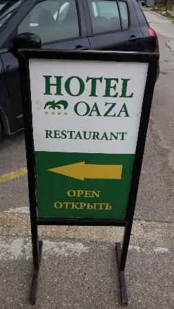 Hotel  OAZA: Entrance