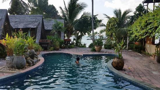 Spa Resorts Samui Beach: Pool