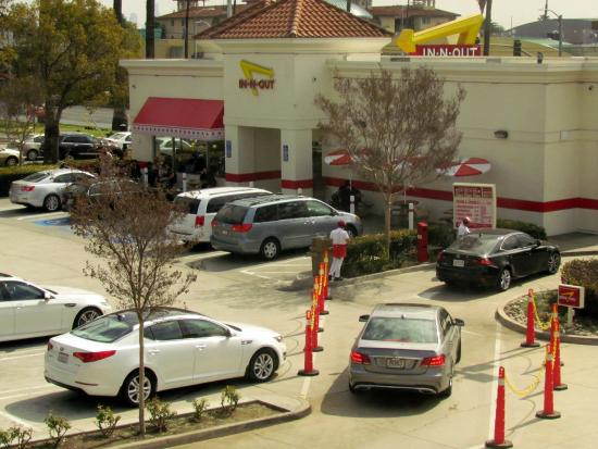 Days Inn Hollywood Near Universal Studios: IN-N-Out Burger next door
