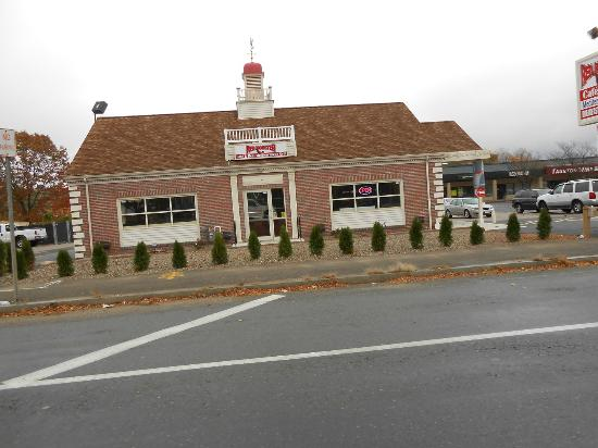 Red Rooster Cafe Grill Deli 247 Broadway Taunton Ma 02780