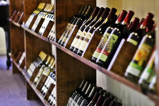Massbach Ridge Winery: Nice selection!
