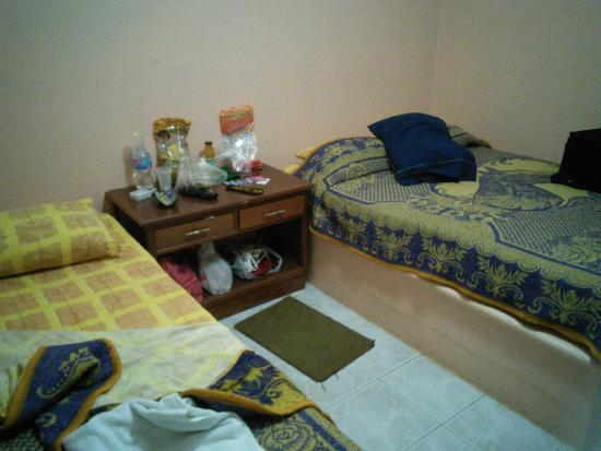 Restaurant y Hotel Calakmul: Our room was comfortable with air conditioning, fan & hot shower, T.V &  free wifi