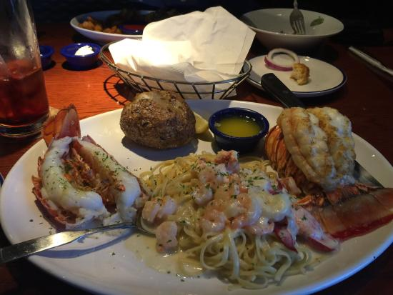 Red Lobster: Lobster Fest