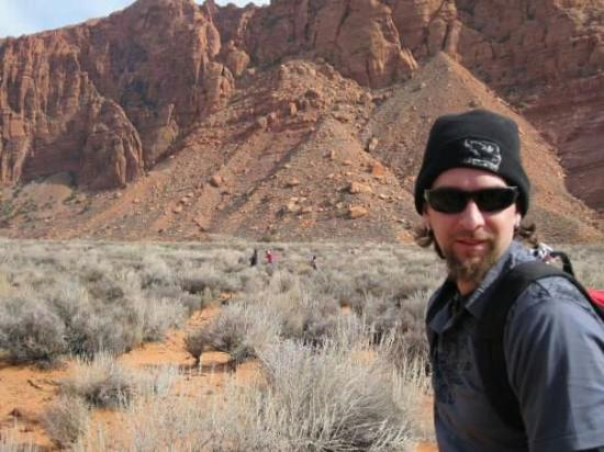 Kayenta: On our way to hike hellhole Canyon