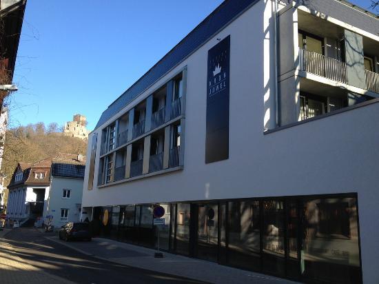 Hotel mit eingang zum restaurant picture of designhotel for Designhotel waldkirch