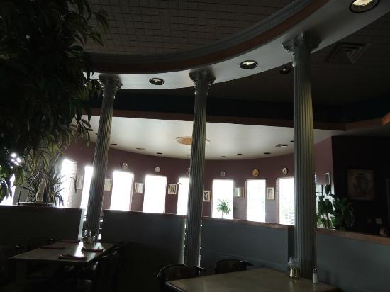 Mykonos Greek Restaurant: Interior - just like in Greece