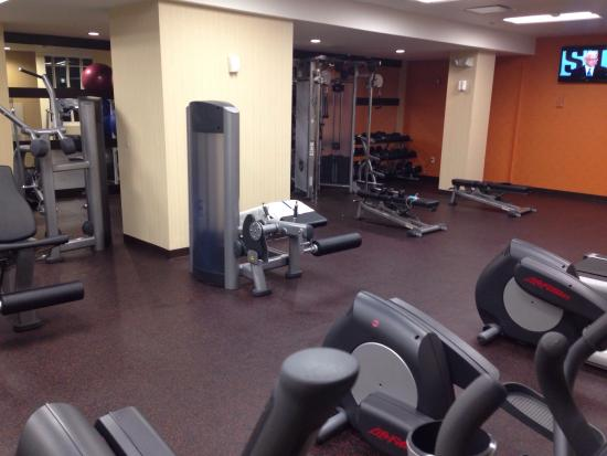 Residence Inn Houston Downtown/Convention Center : Nice gym at the LEFT side