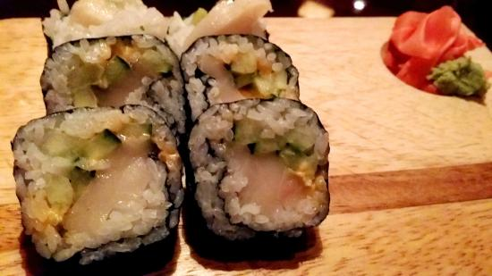 Akira Sushi Bar: Escolar Roll