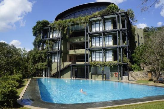 Heritance kandalama updated 2019 prices hotel reviews for Kandalama hotel sri lanka