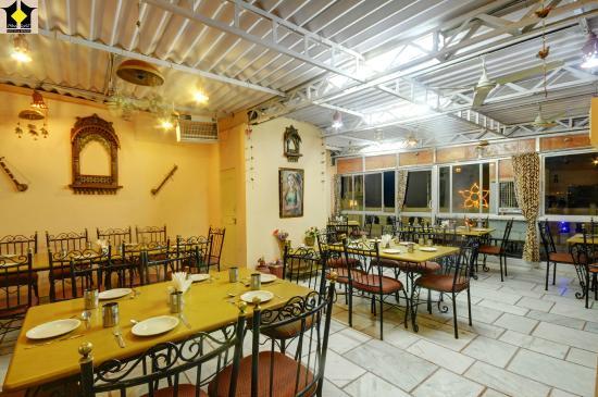 Hotel Moonlight Jaisalmer: Moonlight Restaurant (Inhouse)