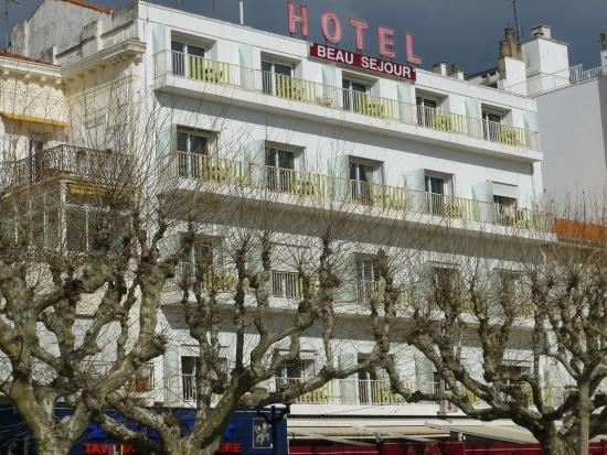 Hôtel Le Beau Séjour : la façade