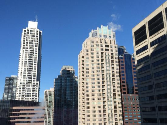 Hyatt Centric Chicago Magnificent Mile: View from 1707