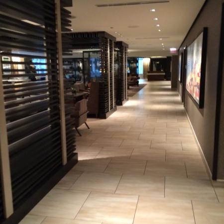 Hyatt Centric Chicago Magnificent Mile: From the elevators to the lobby