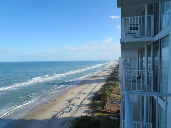 Radisson Suite Hotel Oceanfront: View from balcony