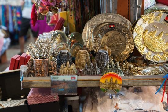 Siem Reap, Cambodia: ของที่ระลึกที่เหมือนกันแทบทุกร้าน