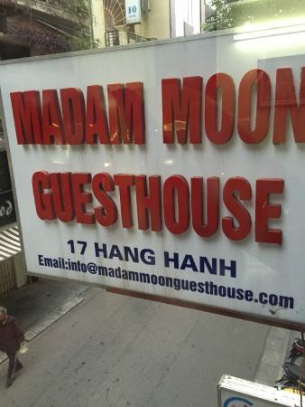 Madame Moon Hotel : madam moon