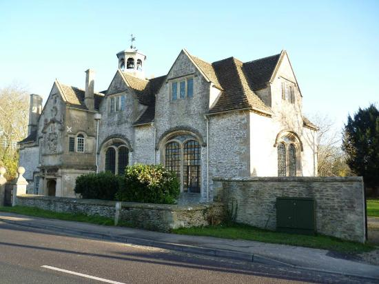 Corsham 17th Century Schoolroom & Almshouse