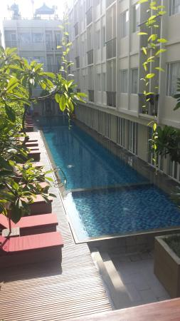 The ONE Legian : Down Stairs Pool