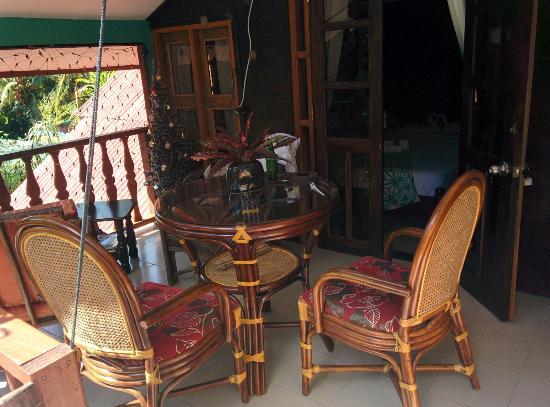 Belle des IIes Hotel: Terrace of upper room.