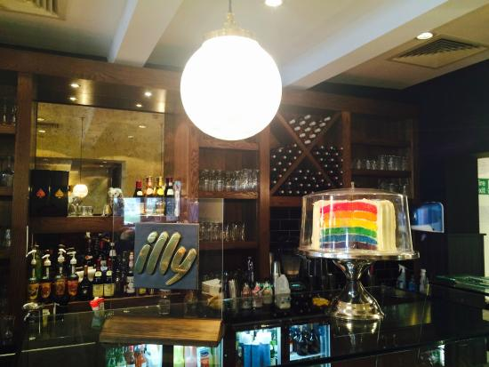 Barnet, UK: Rainbow Cake