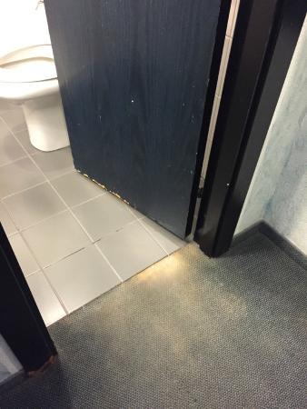 Comfort Hotel Europa Genova City Centre: porta bagno