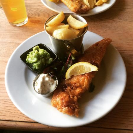 The Bell at Caerleon: Fantastic Fish and Chips