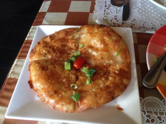 Benjarong Thai Cuisine : FRIED Grilled Indian Bread