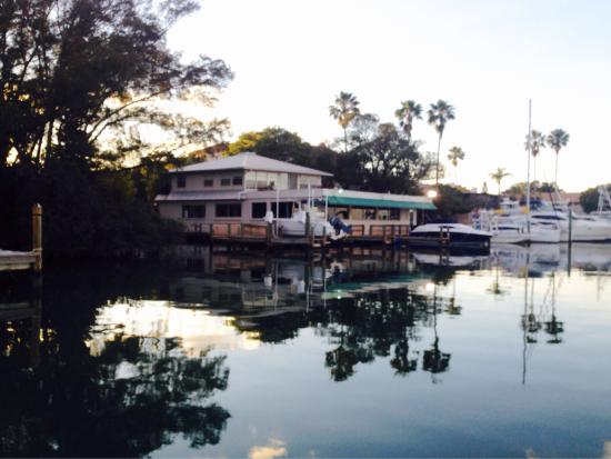 Pattigeorge's Restaurant: By boat or car, delightful evening at PattiGeorge's