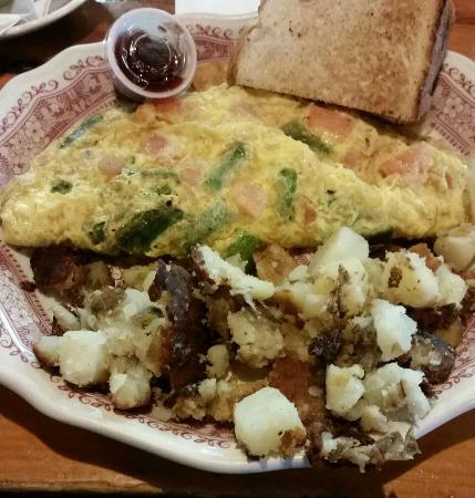 Sugar and Spice: Tomato, asparagus, cheddar omelette