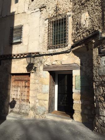 Museo del arte abstracto. Cuenca.: fotografía de Museo de ...