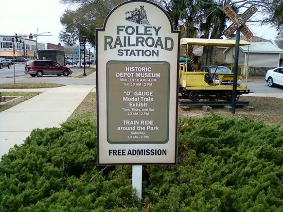 Foley Railroad Depot & Archives Museum: Hours