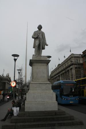 Photo of Monument / Landmark Sir John Gray Statue at O'connell Street, Dublin D1, Ireland