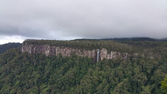 Hummer Safari 4WD Adventure Day Tours : Waterfall