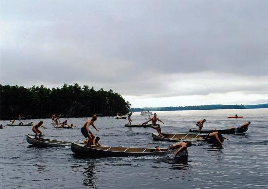 Rockywold-Deephaven Camps: Wacky Canoe Races