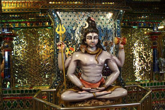 Arulmigu Sri Rajakaliamman Glass Temple: Photo1