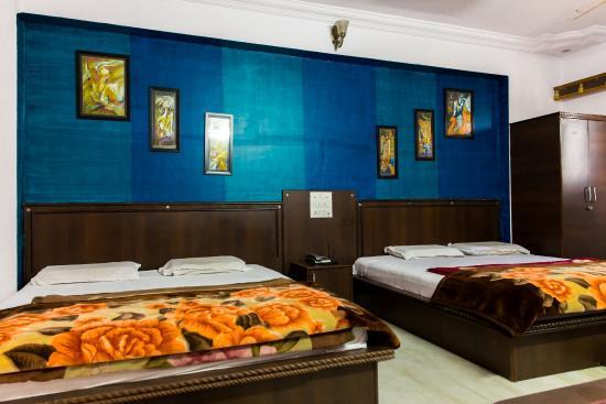Hotel Udai Palace: Family Executive Room