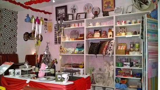 Cherry's Cafe: Interior