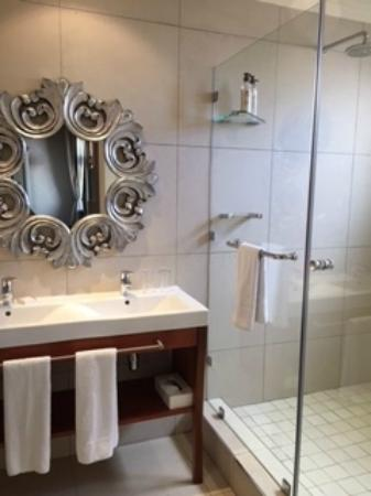 The St. James on Venice: Lovely amenities at the St James