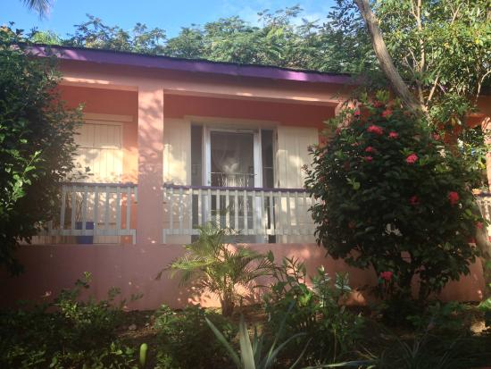Mango Fish Guesthouse: Casita from the main house