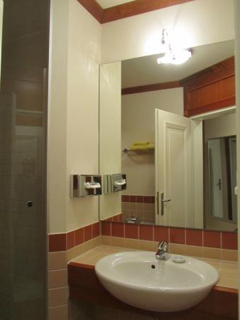 Strandhotel Ostseeblick: Badezimmer