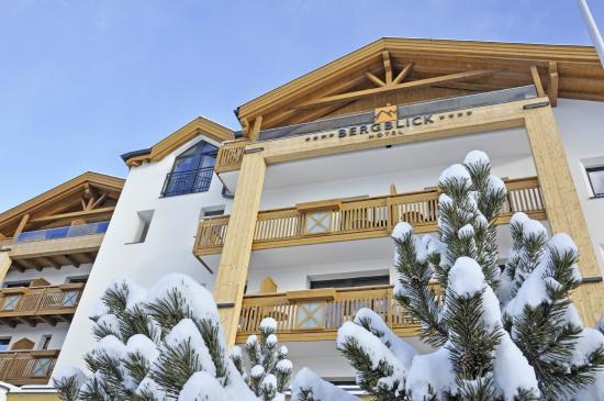 Hotel Bergblick: bergblick im winter