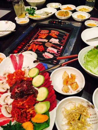 meat.ing Korean BBQ : Menü 1+ Menü 2