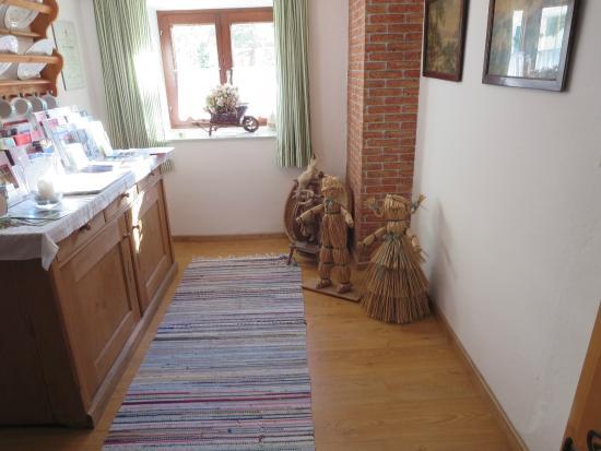 Haus Ballwein: Entryway