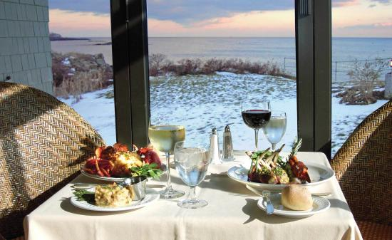 Stage Neck Inn: There is a beauty to southern Maine and the ocean year round. Wonderful off-season packages.