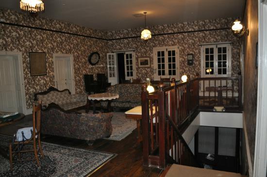 City Hotel: The common room