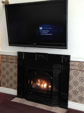 โอเชียนชอส์, วอชิงตัน: Gas Fireplace - big flat screen TV
