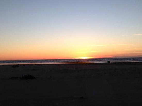 Ocean Shores, WA: Doesn't get much better than this!